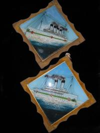 Pair of World War 1 Commemorative Glass Plaques