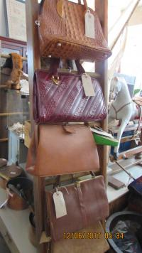 SELECTION OF LEATHER/SNAKESKIN HANDBAGS