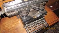 TYPEWRITERS  / ANTIQUES  OF  THE  FUTURE