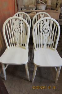 SET  X  4  WINDSOR  KITCHEN  CHAIRS