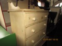 Good Shabby Chic Chest of Drawers