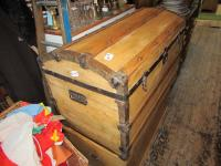 """JOHNNY DEPP""  TREASURE CHEST"