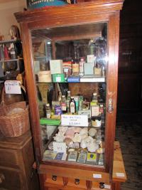 OLD CHEMISTS SUPPLIES